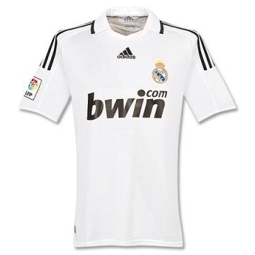 Real Madrid 2008-09 1a.jpg