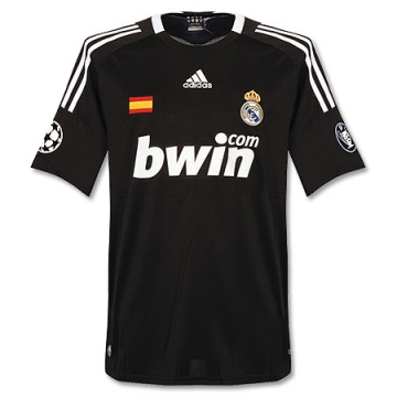 Real Madrid 2008-09 3a.jpg