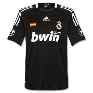 Real Madrid 2008-09 3a.jpg